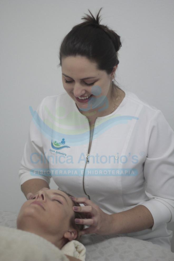 Liberação miofascial na dor de cabeça